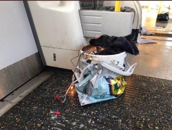 Esplosione nella metro di Londra: è terrorismo?