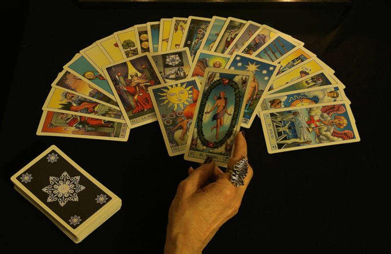 Cartomanti di Astra – Come Sfruttare il Potere delle Carte.