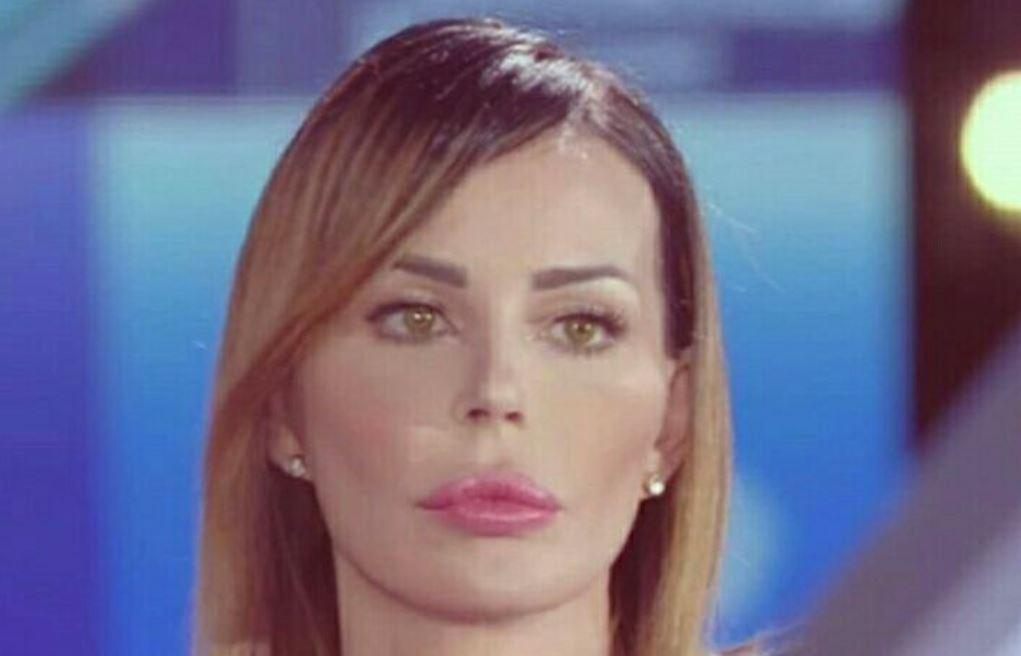 "Nina Moric ""bullizzata"" sui social!"